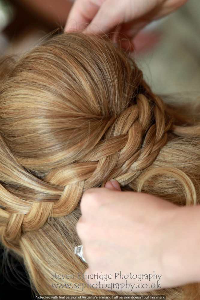 Surrey Wedding Photographer - bridal hair