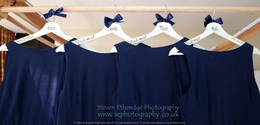 Hampshire Wedding Photographer - bridesmaids' dresses